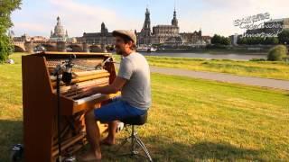 Extreme Liedermaching präsentiert: Schraubenyeti - Dein schönster Fehler
