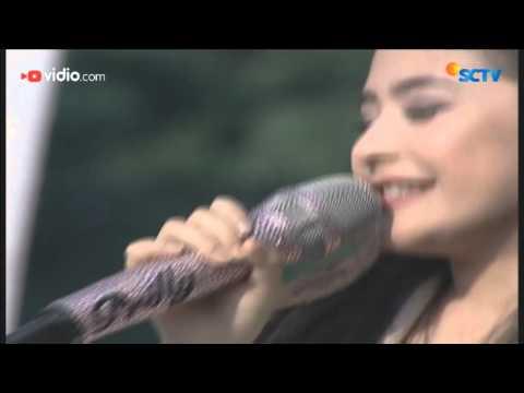 Prilly Latuconsina - Sahabat Hidup (Live on Inbox)
