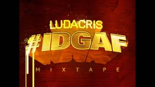 Watch Ludacris Idgaf video