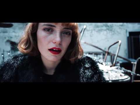 Salmerón - Bésame la piel (Video oficial)