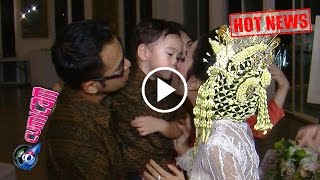 Hot News! Gemesnya Rafathar Cium Tante Gya - Cumicam 23 April 2017