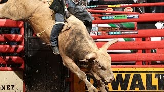 Top Bull: Boot Jack Bucks Off Valdiron De Oliveira (pbr)