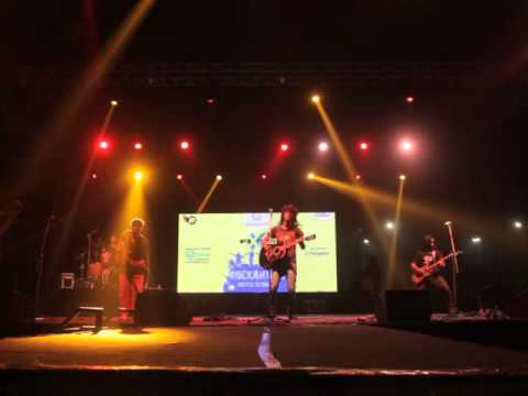 Rudra - The Band playing live at  Thapar Univeristy , Patalia