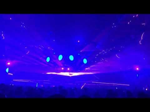 Bassnectar - Move For Me (Deadmau5 & Kaskade)