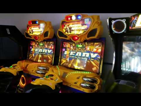 Video Game Arcade Tours - Boomers! (Vista, California)