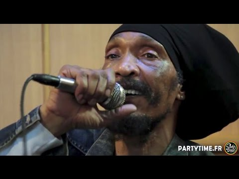 Israel Vibration - Interview & Freestyle for Party Time Reggae Radio - 15 JUIN 2015