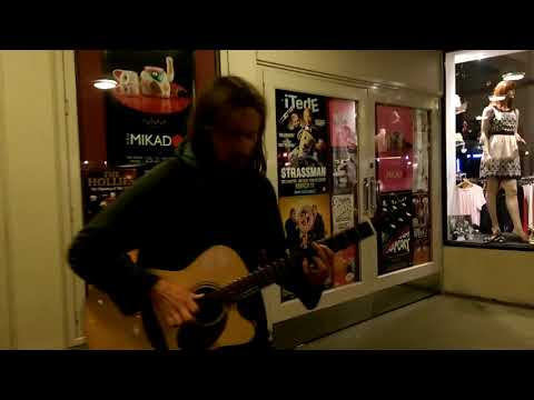 Stephen crabtree, Kenna busking Cortney place Wellington NZ (electronic funky jam)