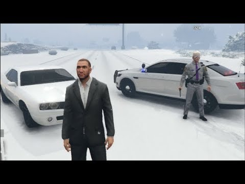 GTA 5 FiveM RP - Christmas Came Early !! SNOW MAP
