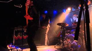 Glasvegas - Later when the TV turns to static (live)