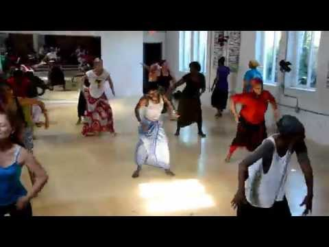 MAREME FAYE taught the dances of the Serere people of Senegal