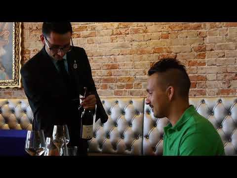 "Sommeliers Teach: Proper Bottle Service ""Sparkling And Still Wine"""