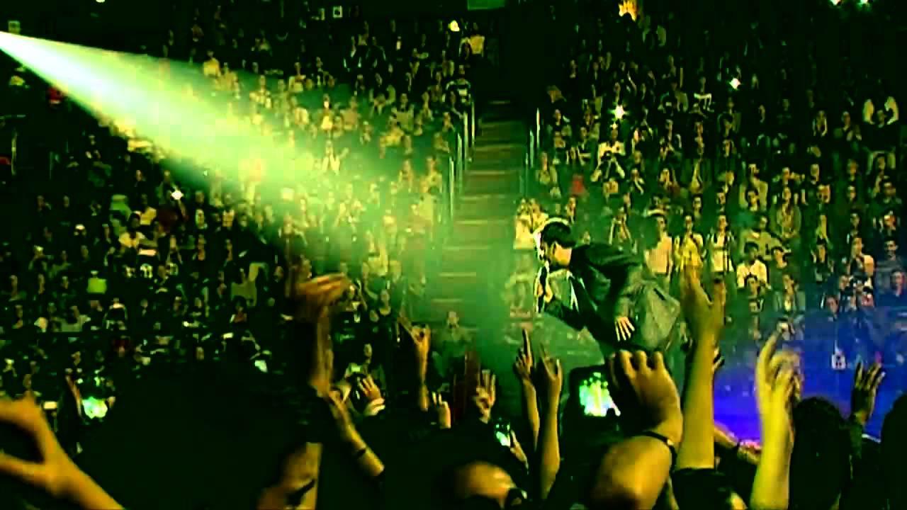 Dicono Di Me Cremonini Videokaraoke By Revolution Music Youtube
