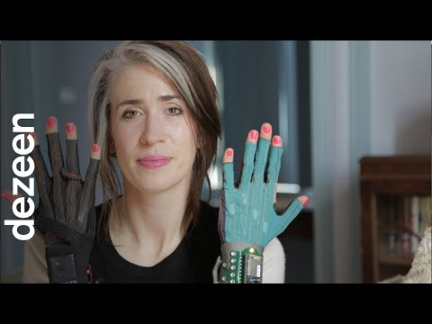 Imogen Heap's Mi.Mu gloves will