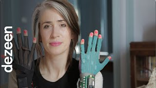 Imogen Heap talks about her gesture-control Mi.Mu gloves