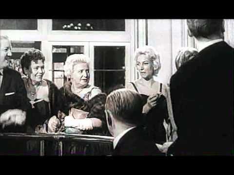 Alberto Sordi   Crimen Nino Manfredi, Vittorio Gassman, Alberto Sordi, Franca Valeri, Silvana Mangano  1961  251  Dvdrip 1 clip0