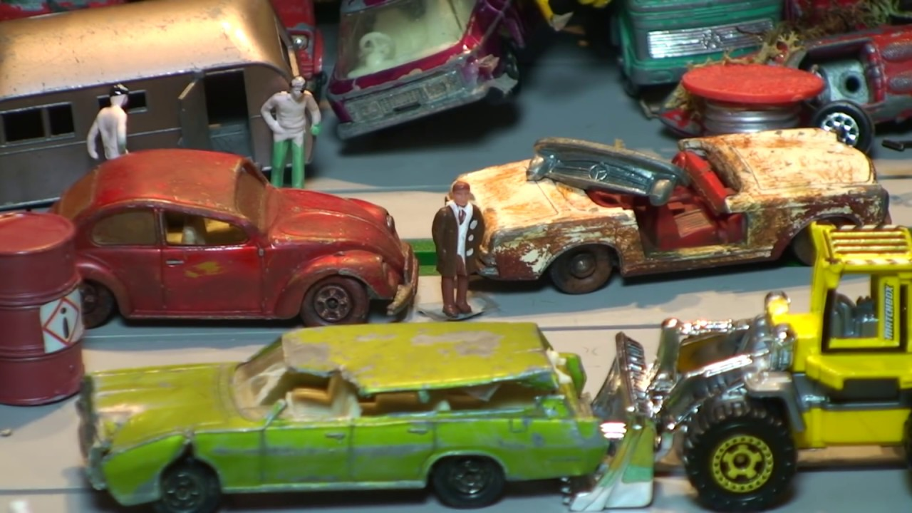 ScrapToy Cars Made Good ~ Toy Car Junkyard - coche de juguete - YouTube