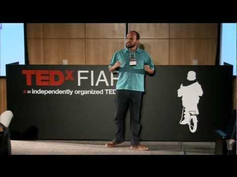 Empreender é apropriar-se da própria história: Reinaldo Pamponet at TEDxFIAP
