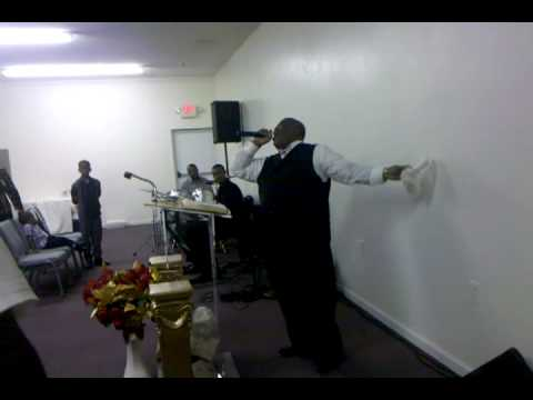 Bishop Ricky O'neal at Kingdom Life Builders International