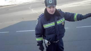 ГАИ. Нежин. Беспричинная остановка.(Остановил гаишник при въезде в Нежин, но на разговор не дался..., 2012-03-07T18:07:17.000Z)