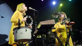 Lucius - Wildewoman (Live on KEXP)