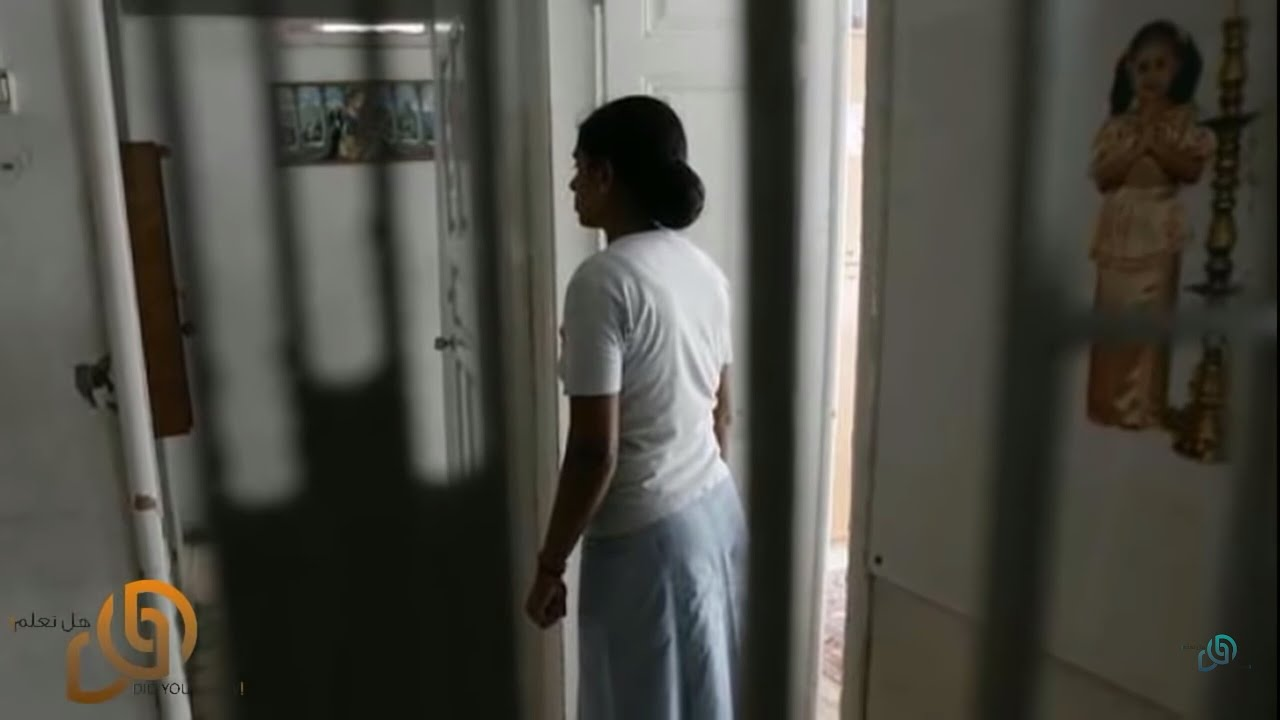 عندما دخلت الأم الى غرفة طفلتها .. بكت الأم و أبكت العالم العربي كله | شاهد المفاجئة