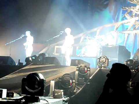 Biffy Clyro Captian & Picture A Knife Fight Newcastle Metro Arena 2013