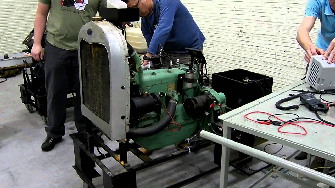 1929 ford model a engine youtube for Model a motor mounts