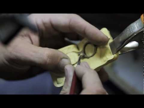 How to cut a rubber mold professionally