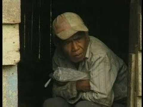 The Terrible Conditions Of Indonesia's Sulphur Mines (2000)