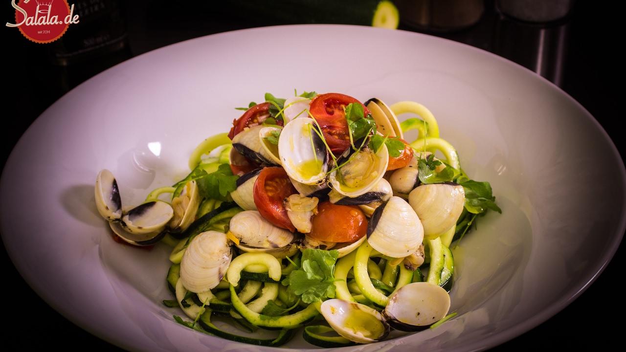 Spaghetti Vongole Mit Zucchininudeln   Zudeln   Low Carb Kochen    Valentinstag