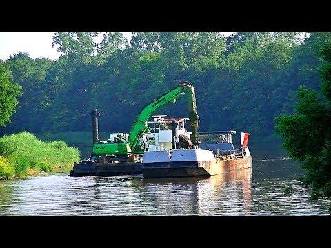 Naßbaggerarbeiten auf der Ems bei Heede / Dredging on the river Ems