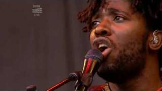 Bloc Party - Song For Clay (Live Glastonbury 2007)