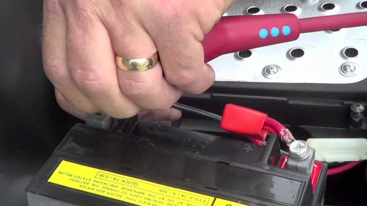 Moped battery hookups