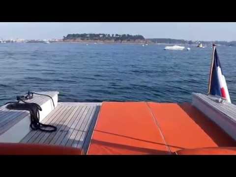 Hotel Castelbrac experience - Cruise on the yacht Le Fou de Bassan