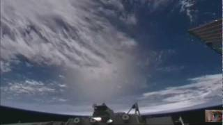 NASA Hiding! A giant sphere UFOs filmed in the Earth's atmosphere from the ISS May 6, 2011