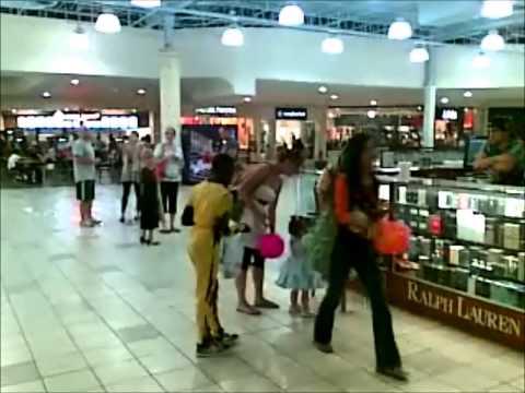 Santa Rosa Mall, 10/31/2013