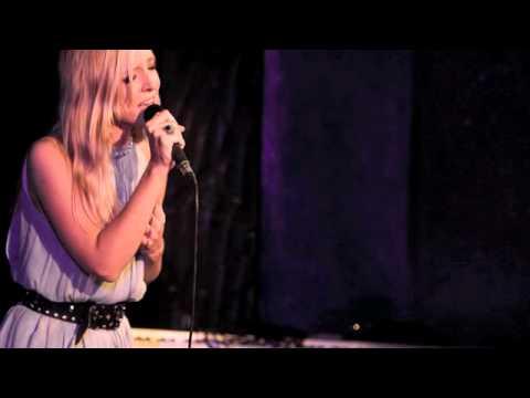 Heartlights - Lizzy Pattinson
