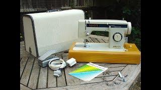 Reads De Luxe zigzag sewing machine