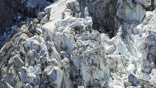 Radarral figyelnek meg egy gleccsert a Mont Blanc-on, hogy nehogy a völgyre zuhanjon