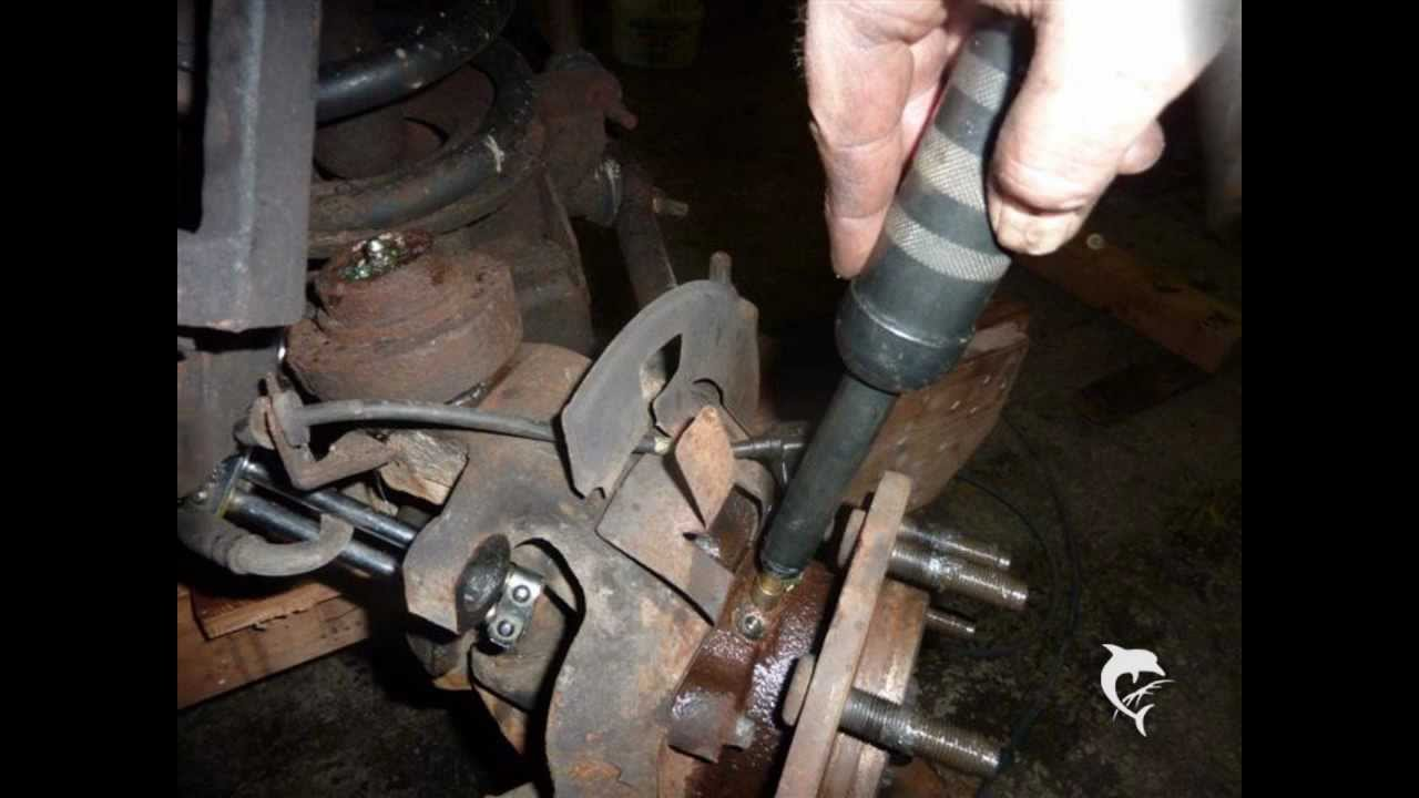 Dodge Ram, Ford F Series, GMC and Chevrolet PickUp Truck Front Wheel Hub Greasing  YouTube