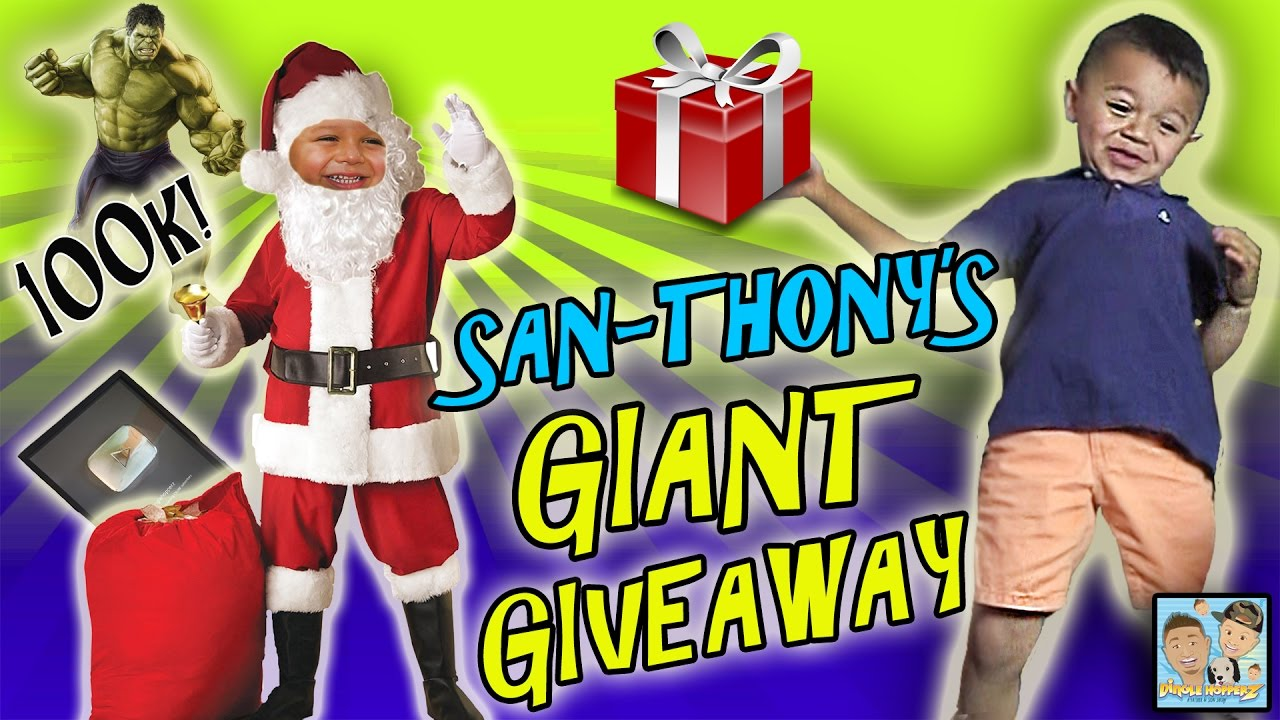 GIANT PRIZE GIVEAWAY! SANTA DROPS OFF SOME GIFTS! AVENGERS ROOM ...