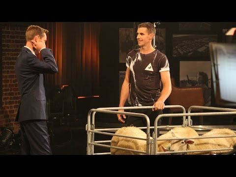 World Record Sheep Shearer Ivan Scotts shows Ryan how it's done! | The Late Late Show | RTÉ One
