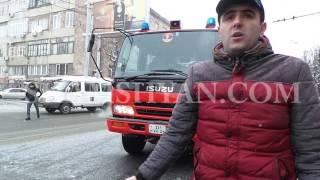 Երևանում՝ «Հայրենիք» առևտրի կենտրոնի դիմաց, ճակատ ճակատի բախվել են Mitsubishi ն ու LADA ն