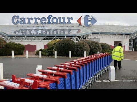 """Carrefour supprime plus de 2.000 postes : """"On se dirige vers une catastrophe sociale"""""""