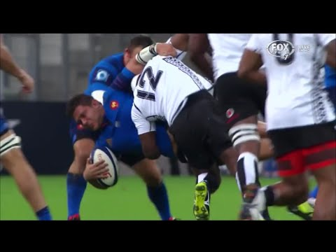 Levani Botia LEGAL dump tackle on Alexandre Menini