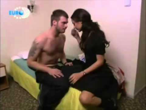 Menekse ile Halil (TV Series 2007–2008) - IMDb