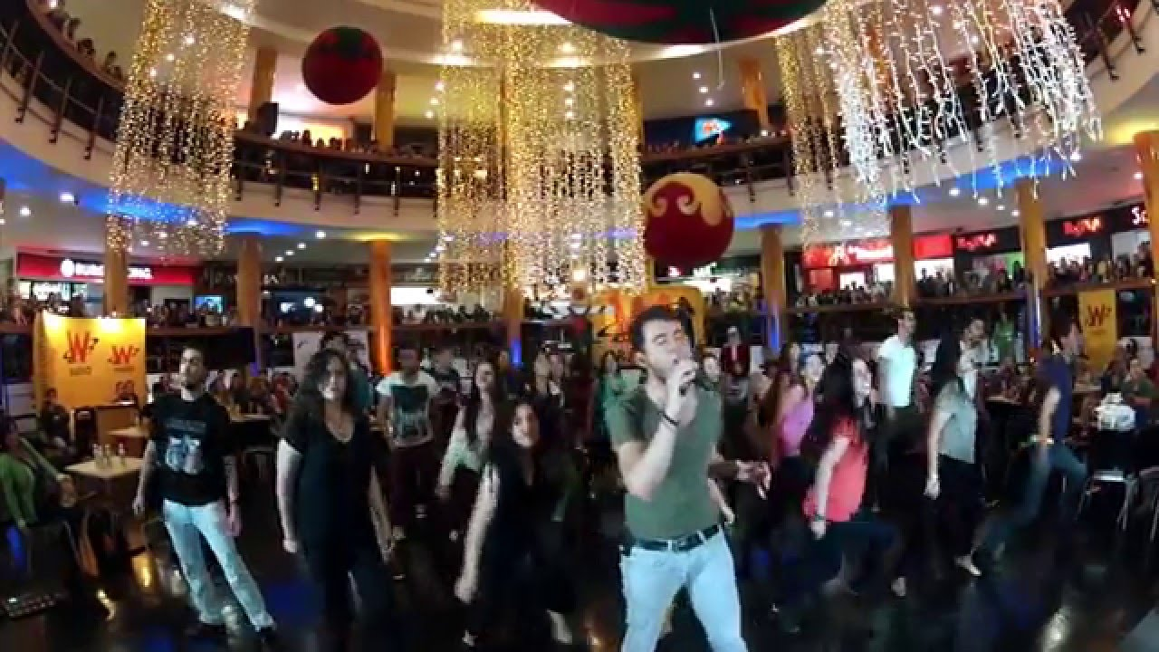 Somebody to Love - Queen Tribute Flash mob