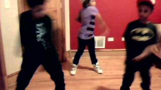 THE LAWRENCE KIDS DOIN THE CAT DADDY DANCE