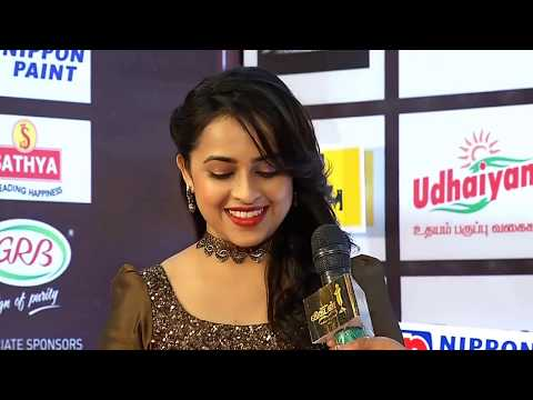 Ananda Vikatan Cinema Awards 2017 Sri Divya Part 1