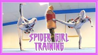 Spider Girl Training | Taekwondo Kicks & Tricks (Spider Gwen)